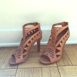 Sergio Rossi caramel leather laser cut heels 7.5